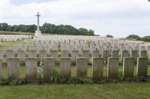 Halloy -les-Pernois British Cemetery-58