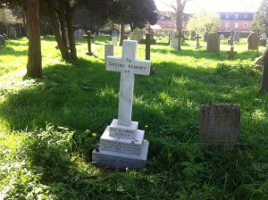 A_Street_Grave_2